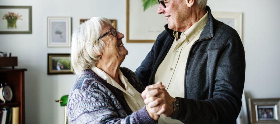 voce-sabe-como-cuidar-de-pessoas-com-alzheimer.jpeg