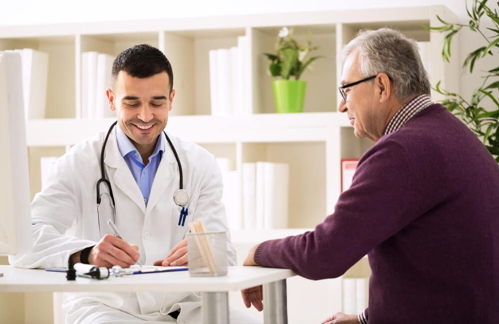 a-importancia-do-exame-de-cancer-de-prostata-em-idosos.jpeg
