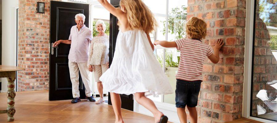 entenda-a-importancia-dos-filhos-e-netos-visitarem-o-idoso.jpeg